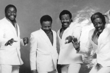 The Manhattans - Kiss and Say Goodbye - WeuniteMusic.com1
